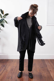 Big Chunky Oversize Soy Sweater with pockets - Black