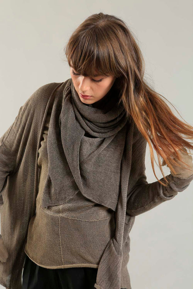 Orta Light Bamboo & Soy warm Cardigan - Dark Taupe