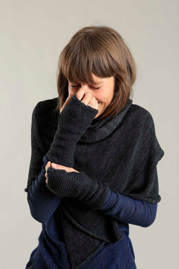 Bamboo, Soy & Cotton Metalo Scarf - Charcoal & Black