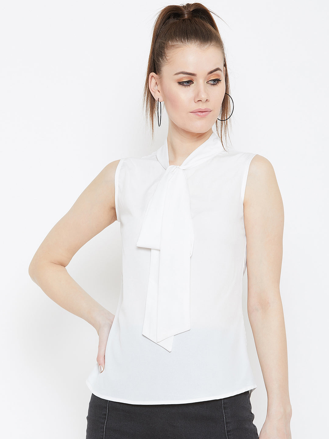 White sleeveless tie knot neck top