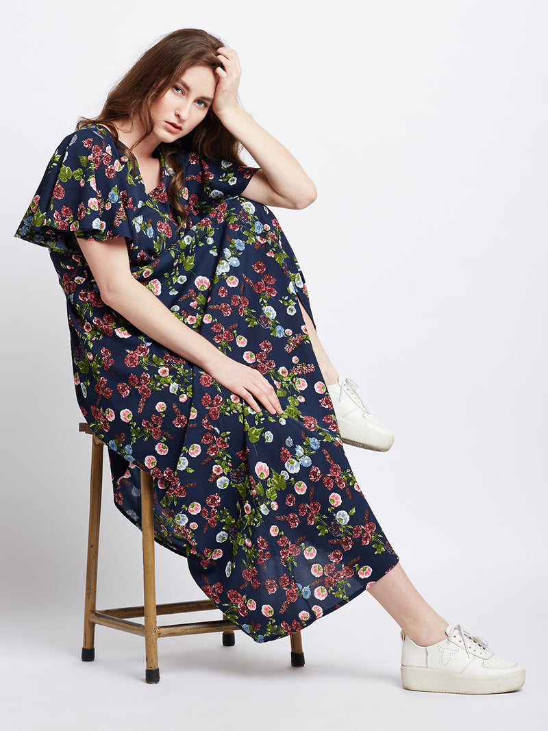 Berrylush Women Navy Blue Printed Maxi Dress