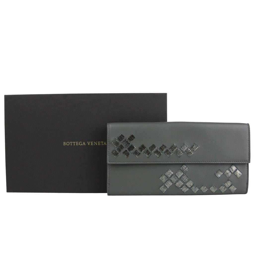 Bottega Veneta Women's Intercciaco Dark Gray Leather Long Wallet 134075 8495 - LUX LAIR