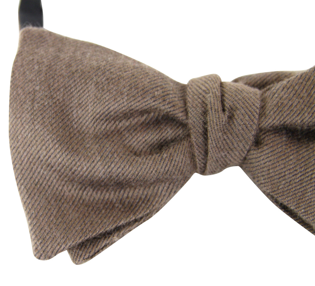 Bottega Veneta Men's Light Brown Silk Cashmere Bow Tie 270827 2800