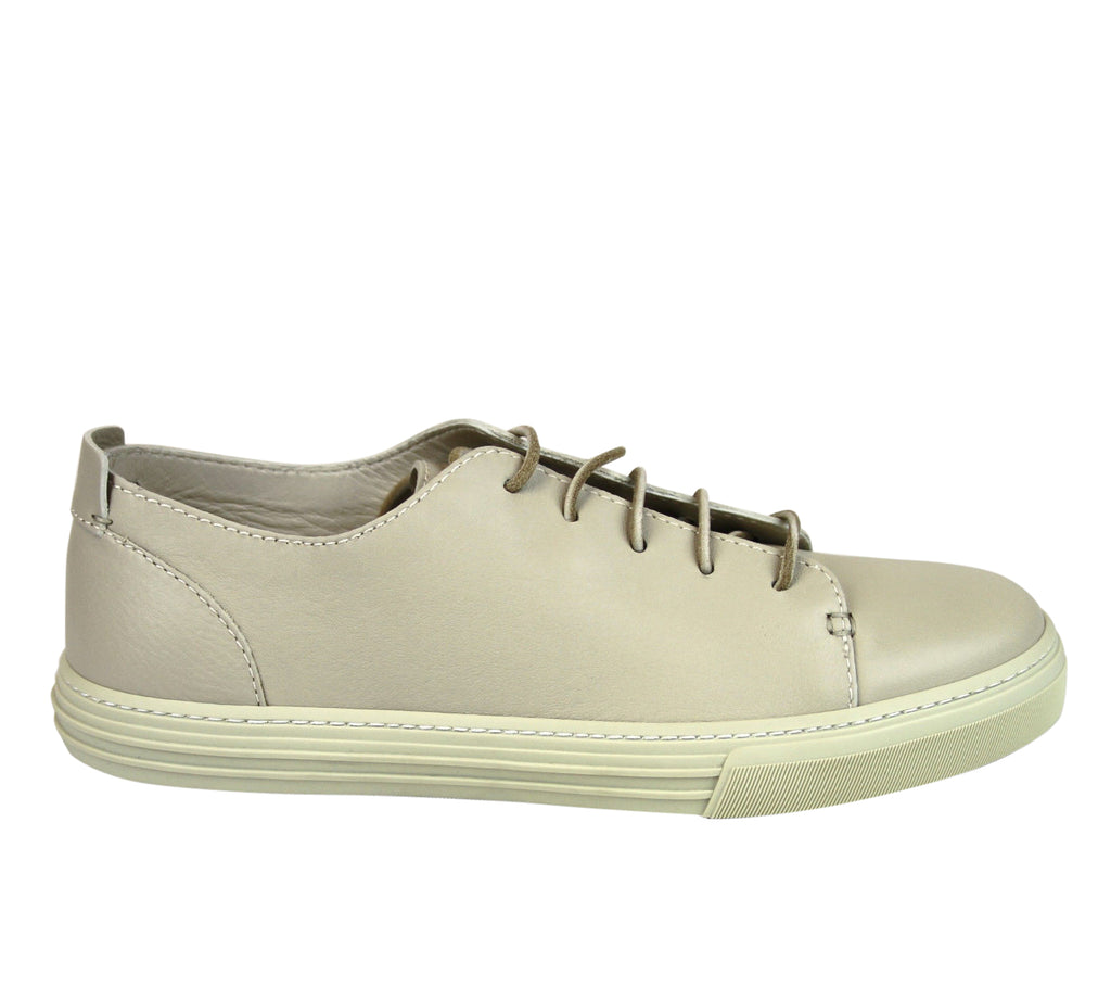 Gucci Lace-up White Leather Sneaker 342038 9022