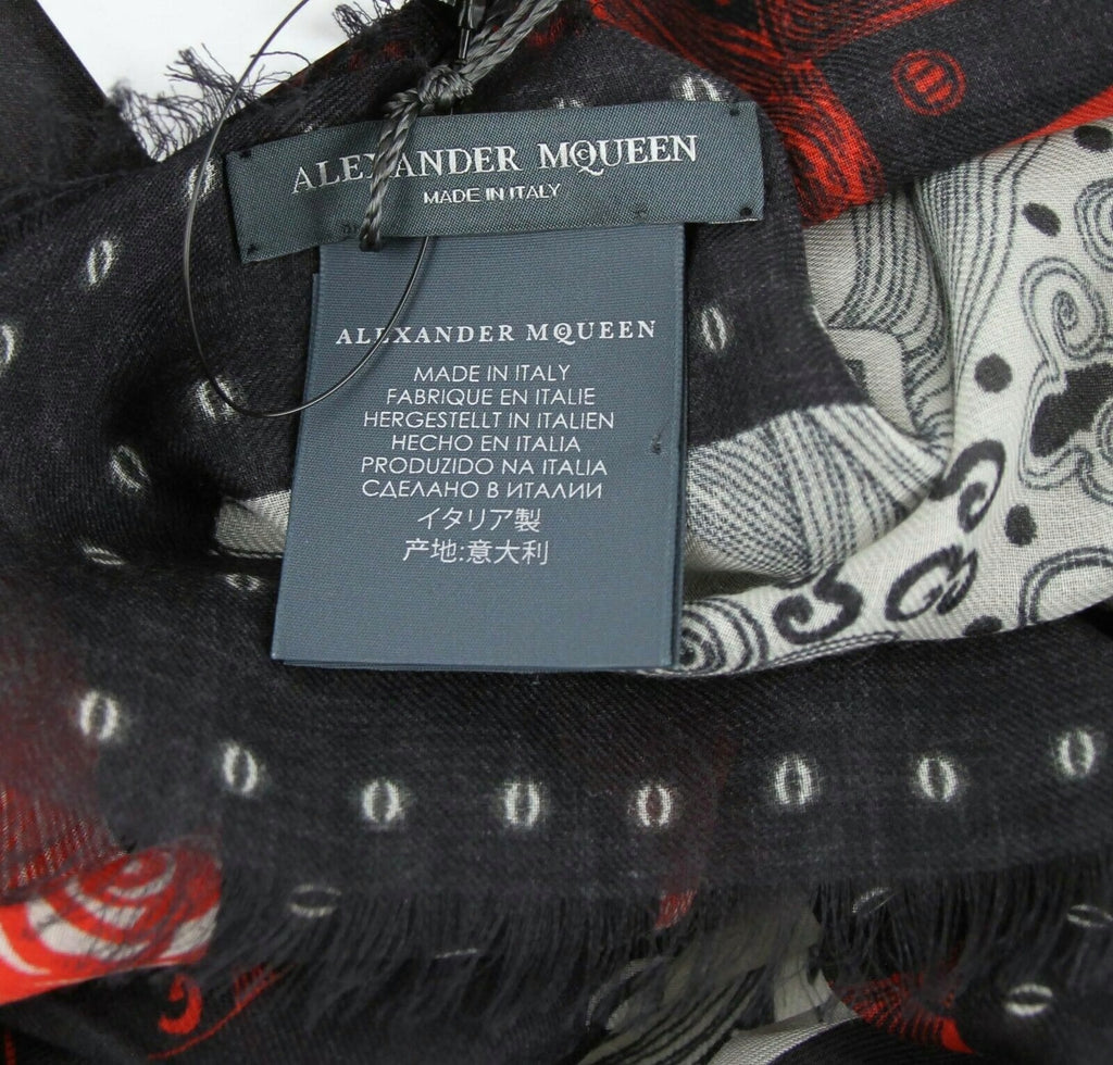 Alexander McQueen Shawl Eve Of Harness Print - AM Tags