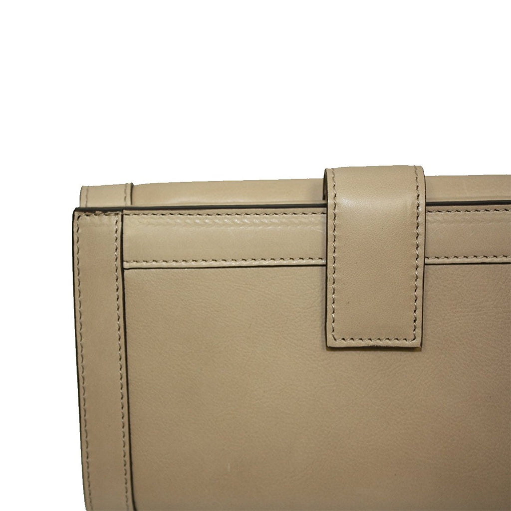 Gucci Women's Beige Leather Charmy Clutch Continental Wallet 231839 2609