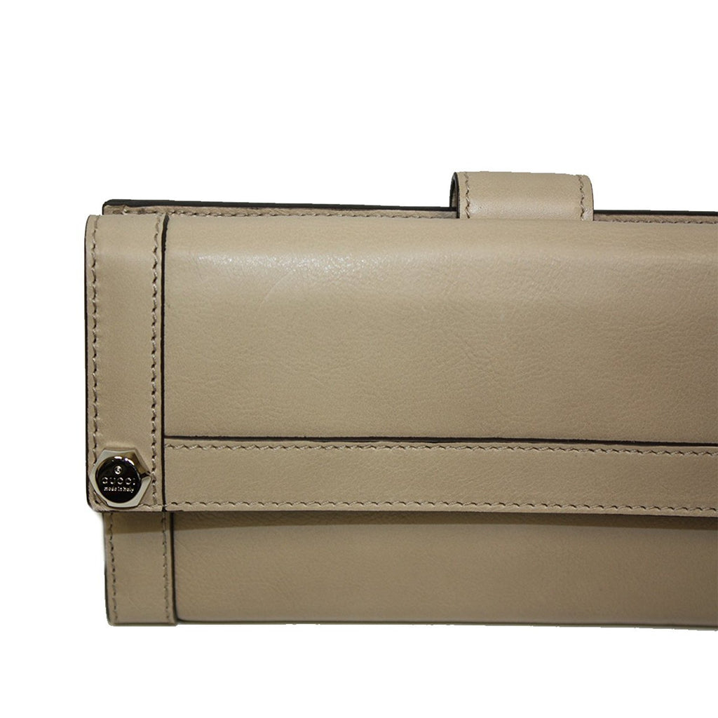 Gucci Women's Beige Leather Charmy Clutch Continental Wallet 231839 2609 - LUX LAIR