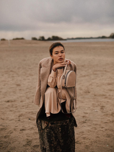 Jewaria Luu - Featured with the MESAIOS bag