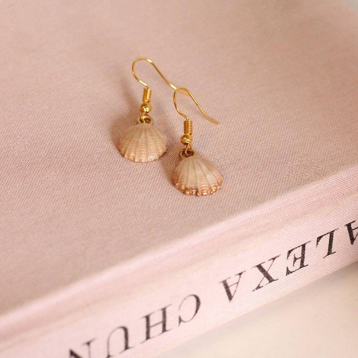Pair Of Peaches - The Shellie Earring