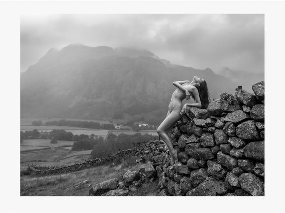 TH2020-3353 - Langdale in the rain