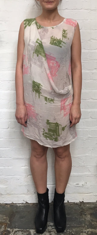Lambeth Drape Mini