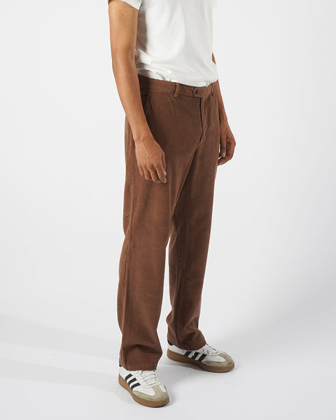 corduroy trousers brown model side