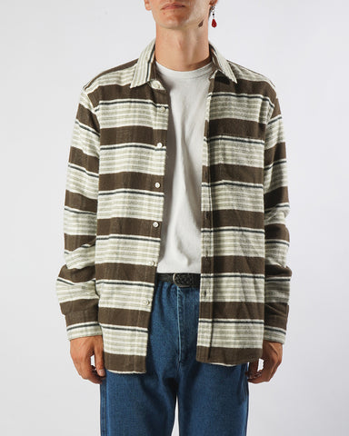 moss stripe shirt model front