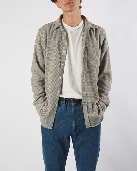 long sleeve shirt tricot grey model front