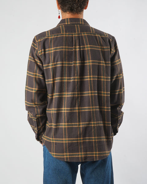 flannel shirt plaid brown yellow model back