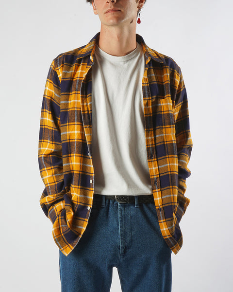 flannel shirt plaid yellow black model front