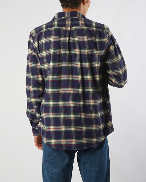 flannel shirt plaid blue and white model back