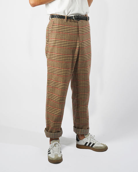 flannel trousers check model side