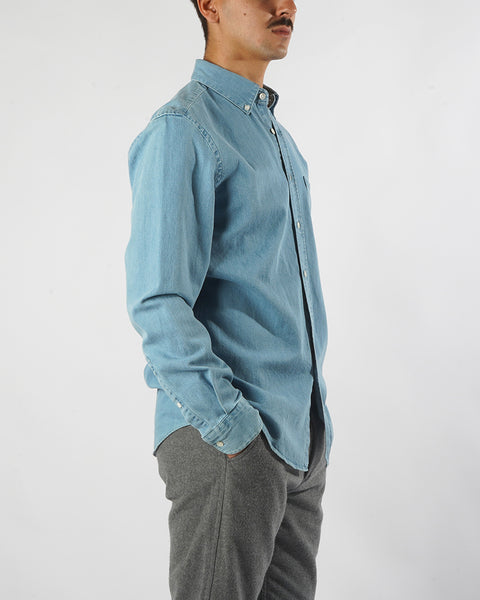 denim shirt blue model side