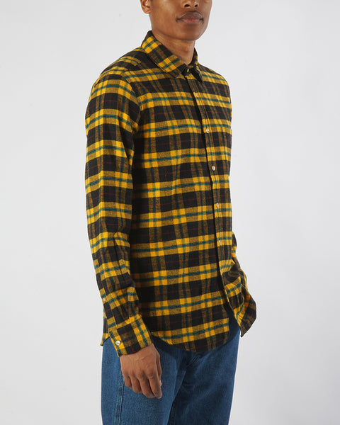 flannel shirt, plaid black and yellow, side