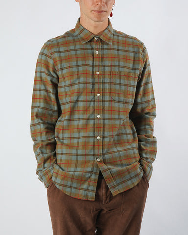 flannel shirt plaid brown blue model front