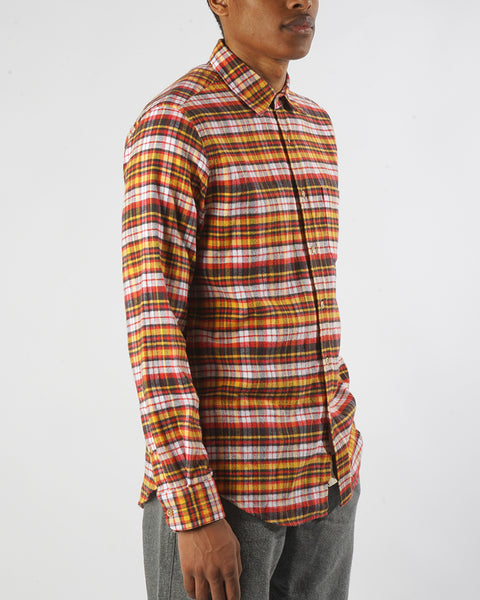 flannel shirt plaid yellow orange model side