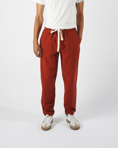 flannel trousers bordeaux red model front