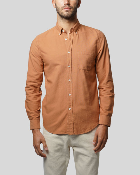 brick long sleeve oxford shirt model front