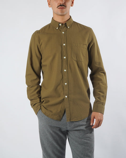 long sleeve shirt olive model front
