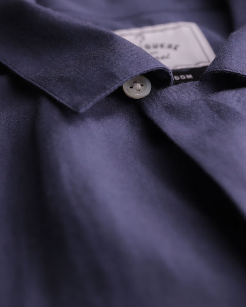 blue short sleeve shirt detail button