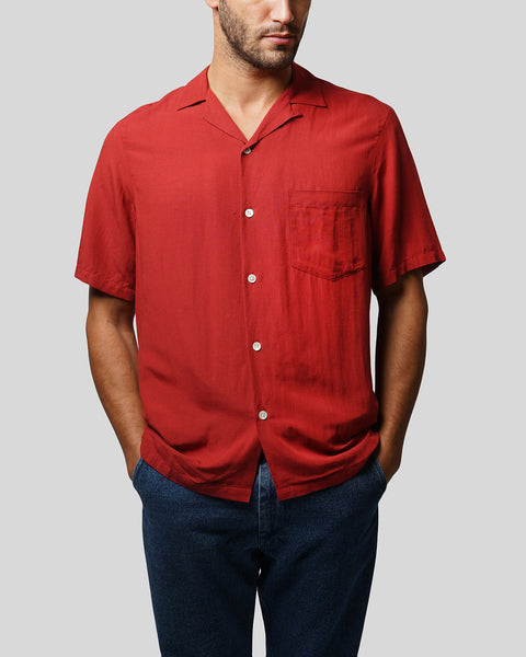 red short sleeve shirt model front