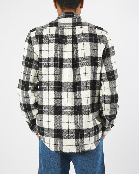 flannel shirt plaid black white model back