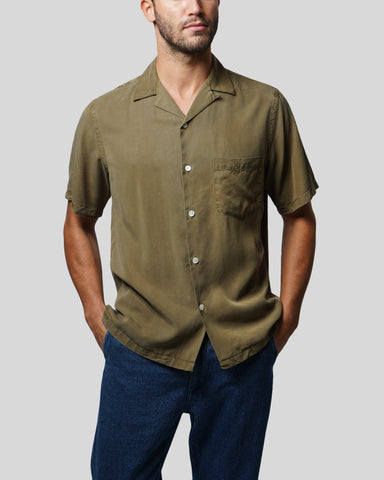 olive short sleeve shirt model front