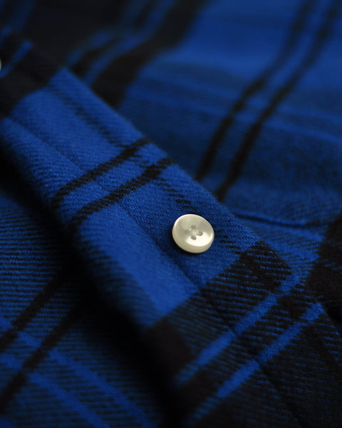 flannel shirt plaid blue black detail button