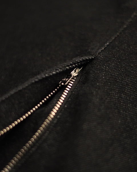 denim trousers black detail zipper