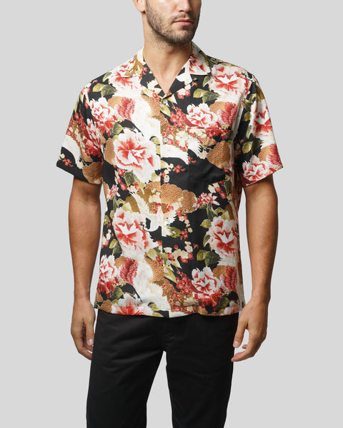 flower printed short sleeve shirt model front