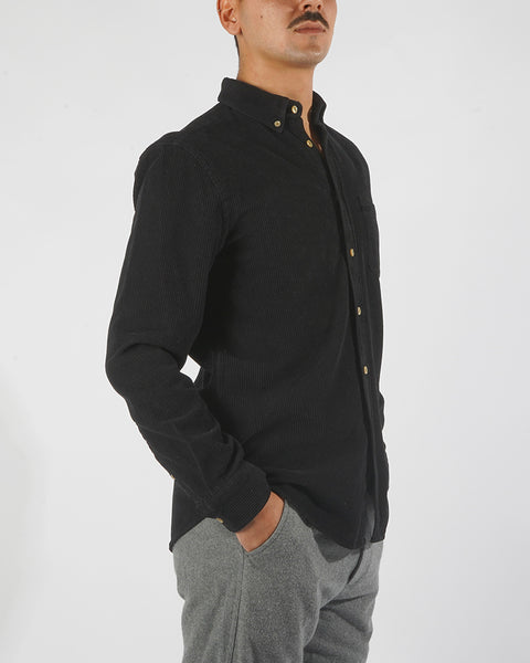 corduroy shirt black model side