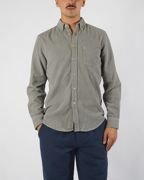 corduroy shirt grey model front