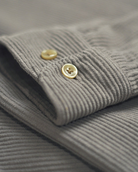 corduroy shirt grey detail button´