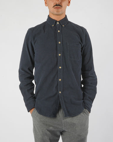 corduroy shirt navy blue model front
