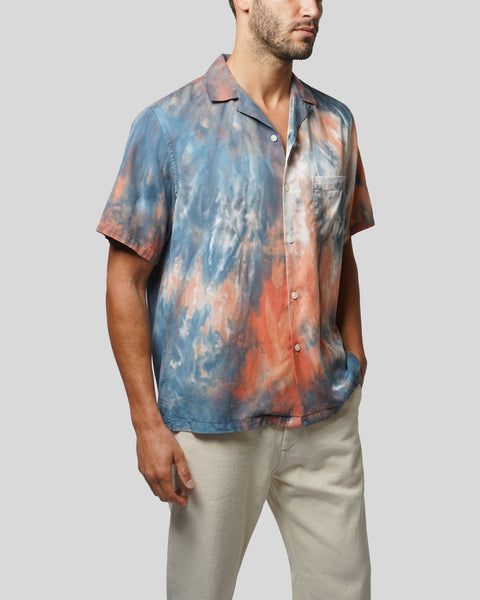 tie dye blue red short sleeve shirt model side