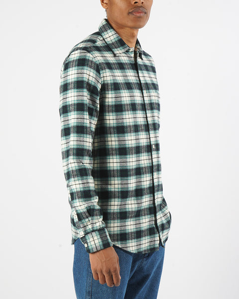 flannel shirt green white model side