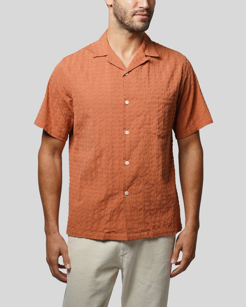 terracota textured short sleeve shirt model front