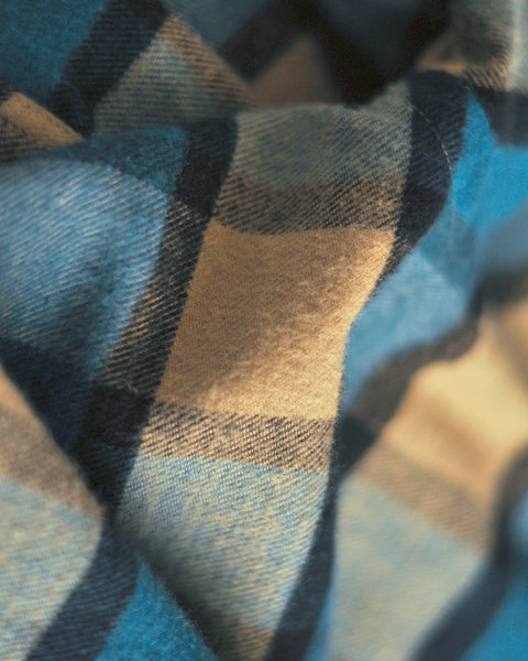 flannel shirt gingham blue beige detail fabric