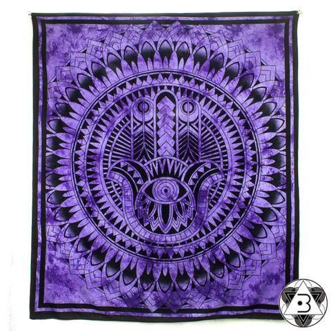Hamsa Throw