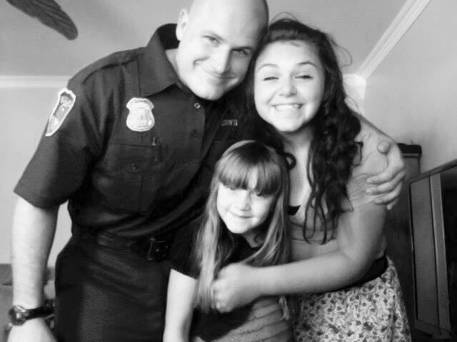 What It's Like To Be A Cop's Daughter In 2015