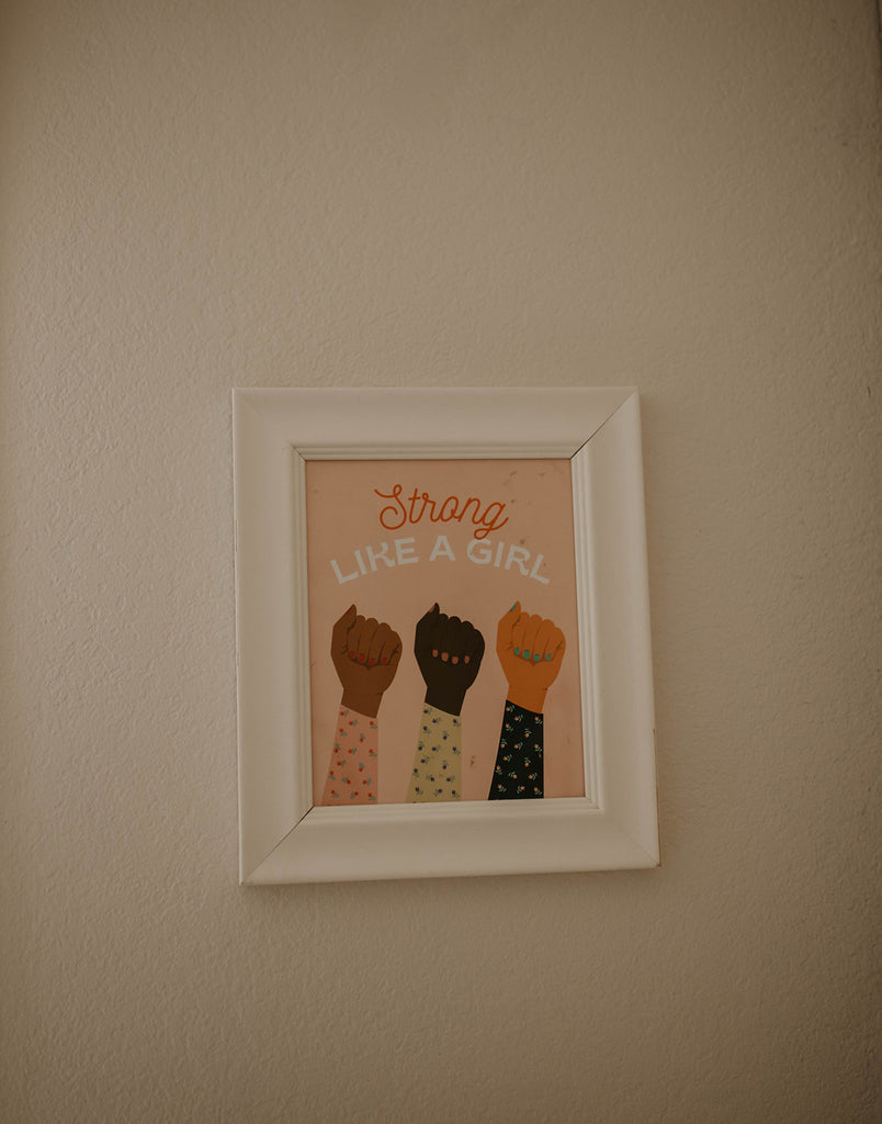 """Picture frame for decoration; """"strong like a girl"""""""