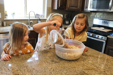 Father's Day Recipe: Party Mix - recipe to make with kids and toddlers