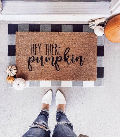 fall front porch, fall door mats, cute family home decor