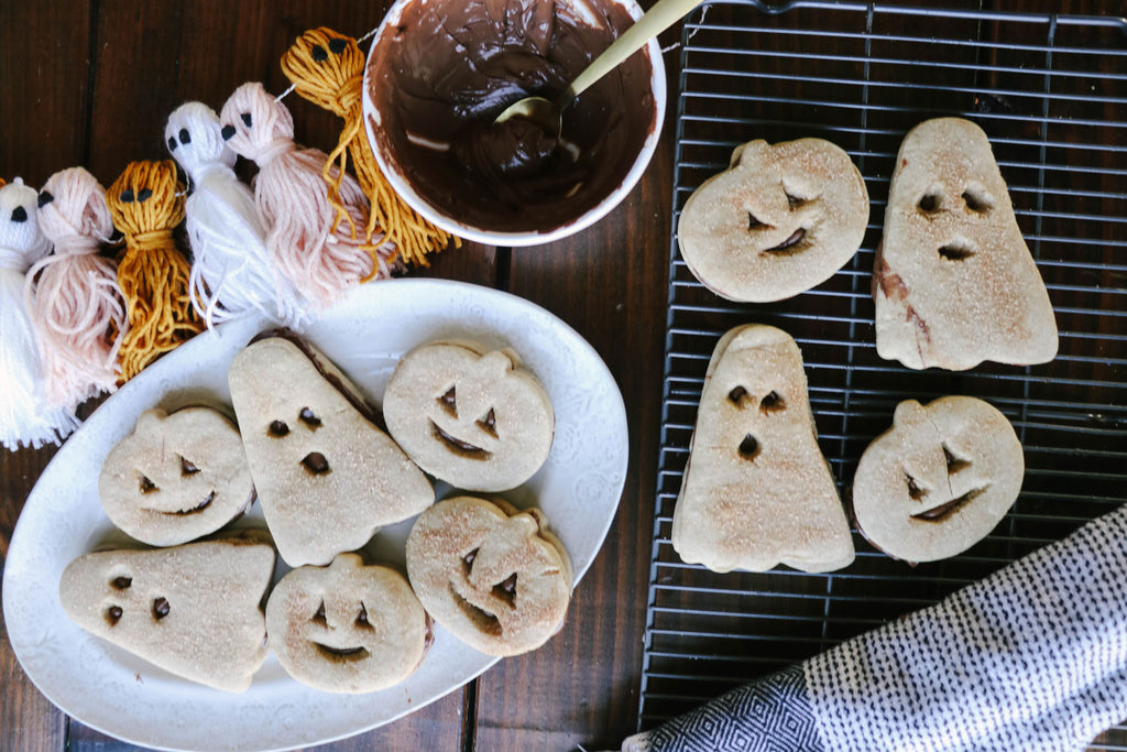 Cinnamon Cookies for 'Boo Baskets'